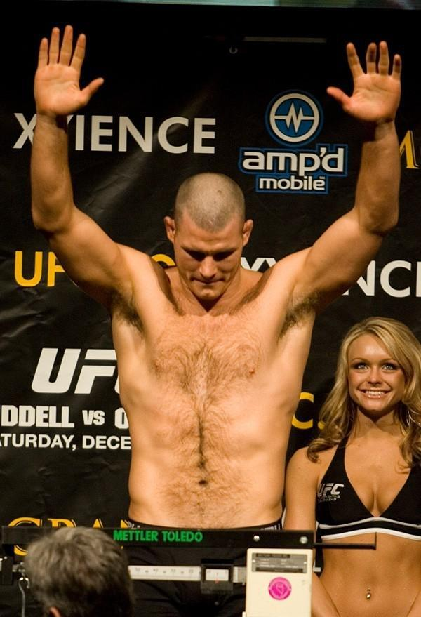 UFC 66 Weigh In Michael Bisping
