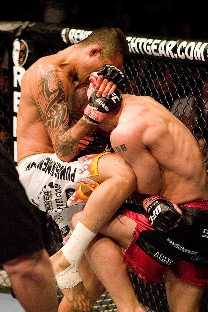 UFC 69: Shootout Alan Belcher vs. Kendall Grove