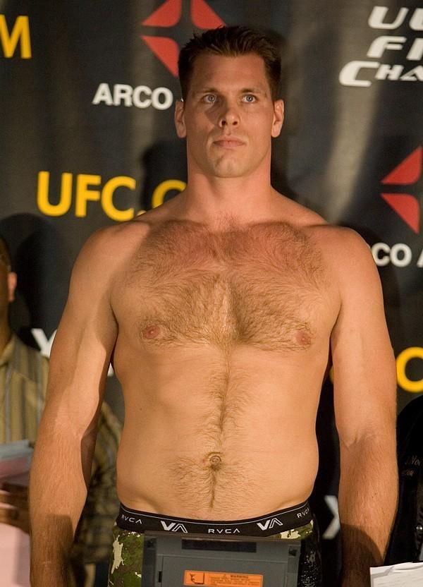 Antoni Hardonk  UFC 65 Weigh In