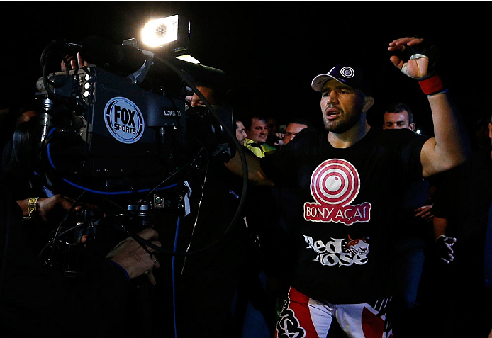 BELO HORIZONTE, BRAZIL - SEPTEMBER 04:  Glover Teixeira enters the arena before his light heavyweight fight against Ryan Bader during the UFC on FOX Sports 1 event at Mineirinho Arena on September 4, 2013 in Belo Horizonte, Brazil. (Photo by Josh Hedges/Z