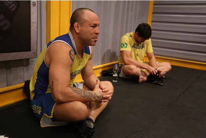 SAO PAULO, BRAZIL - FEBRUARY 4:  Coach Wanderlei Silva speaks with his team before the matchup between Team Wanderlei fighter Antonio Branjao and Team Sonnen fighter Vitor Mirande in their heavyweight fight during season three of The Ultimate Fighter Braz
