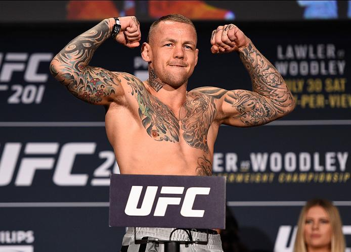 ATLANTA, GA - JULY 29:  Ross Pearson of England steps on the scale during the UFC 201 weigh-in at Fox Theatre on July 29, 2016 in Atlanta, Georgia. (Photo by Jeff Bottari/Zuffa LLC/Zuffa LLC via Getty Images)