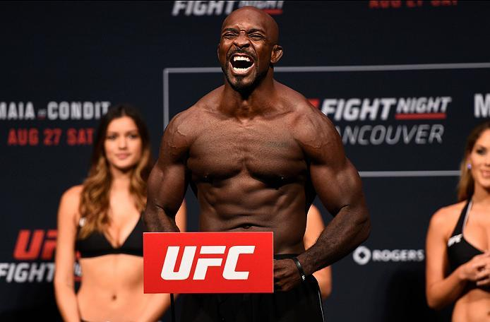 VANCOUVER, BC - AUGUST 26:  Kevin Casey of the United States steps on the scale during the UFC Fight Night Weigh-in at Rogers Arena on August 26, 2016 in Vancouver, British Columbia, Canada. (Photo by Jeff Bottari/Zuffa LLC/Zuffa LLC via Getty Images)