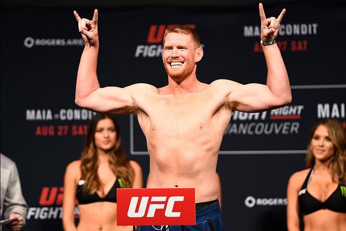 VANCOUVER, BC - AUGUST 26:  Sam Alvey of the United States steps on the scale during the UFC Fight Night Weigh-in at Rogers Arena on August 26, 2016 in Vancouver, British Columbia, Canada. (Photo by Jeff Bottari/Zuffa LLC/Zuffa LLC via Getty Images)