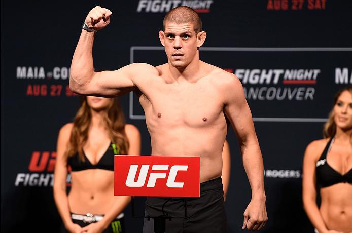 VANCOUVER, BC - AUGUST 26:  Joe Lauzon of the United States steps on the scale during the UFC Fight Night Weigh-in at Rogers Arena on August 26, 2016 in Vancouver, British Columbia, Canada. (Photo by Jeff Bottari/Zuffa LLC/Zuffa LLC via Getty Images)