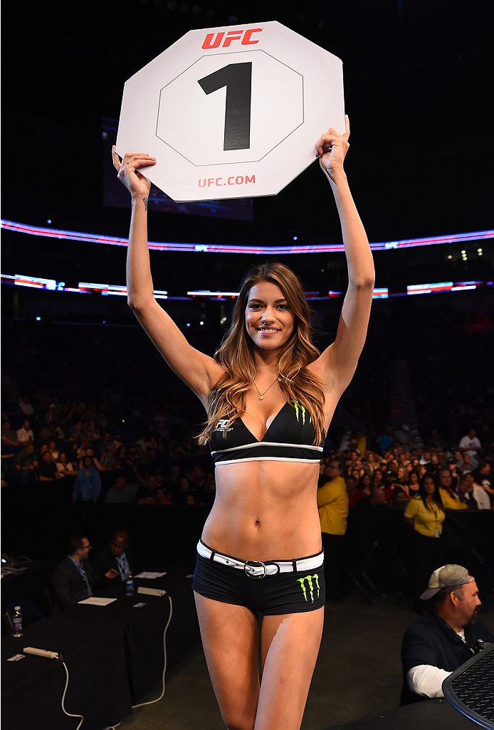 NEW ORLEANS, LA - JUNE 06:   UFC Octagon Girl Vanessa Hansson introduces the round during the UFC event at the Smoothie King Center on June 6, 2015 in New Orleans, Louisiana. (Photo by Josh Hedges/Zuffa LLC/Zuffa LLC via Getty Images)
