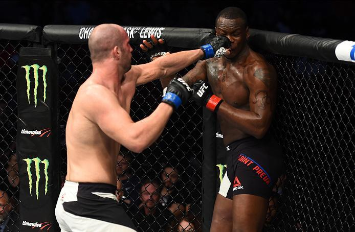 HOUSTON, TX - FEBRUARY 04:  (L-R) Volkan Oezdemir of Switzerland punches Ovince Saint Preux in their light heavyweight bout during the UFC Fight Night event at the Toyota Center on February 4, 2017 in Houston, Texas. (Photo by Jeff Bottari/Zuffa LLC/Zuffa