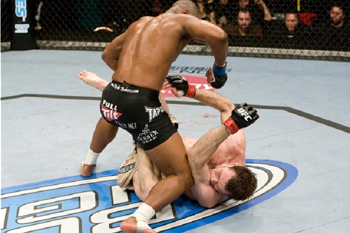 LAS VEGAS, NV - DECEMBER 27: Rashad Evans (black shorts) def. Forrest Griffin (tan/brown shorts) - TKO 2:46 round 3 during the UFC 92 at MGM Grand Garden Arena on December 27, 2008 in Las Vegas, Nevada. (Photo by: Josh Hedges/Zuffa LLC via Getty Images)