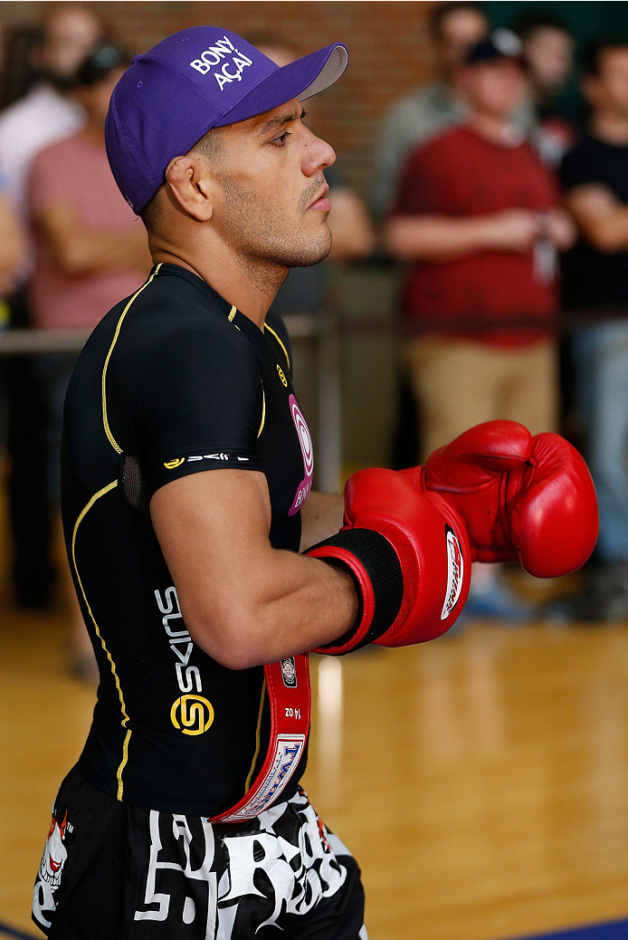 INDIANAPOLIS, IN - AUGUST 26:  Rafael dos Anjos holds an open training session for fans and media at Banker's Life Fieldhouse on August 26, 2013 in Indianapolis, Indiana. (Photo by Josh Hedges/Zuffa LLC/Zuffa LLC via Getty Images)