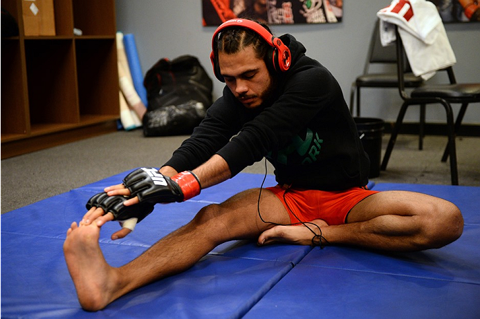 photo_galleries/TUF-LAT-AM-EPISODE-11-Photo-SELECTS/TUF-LAT-AM-EPISODE-11-Photo-SELECTS-2014-06-19-TUF-LATAM-SEMI-FINAL-Beltran-Quinonez-155.JPG