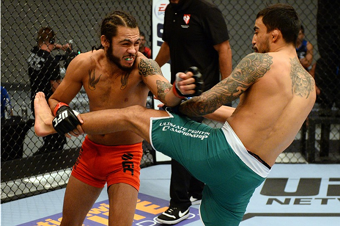 photo_galleries/TUF-LAT-AM-EPISODE-11-Photo-SELECTS/TUF-LAT-AM-EPISODE-11-Photo-SELECTS-2014-06-19-TUF-LATAM-SEMI-FINAL-Beltran-Quinonez-299.JPG