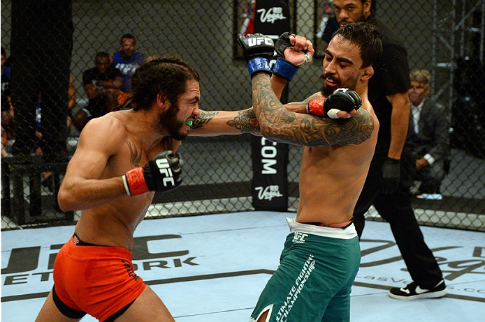 photo_galleries/TUF-LAT-AM-EPISODE-11-Photo-SELECTS/TUF-LAT-AM-EPISODE-11-Photo-SELECTS-2014-06-19-TUF-LATAM-SEMI-FINAL-Beltran-Quinonez-585.JPG