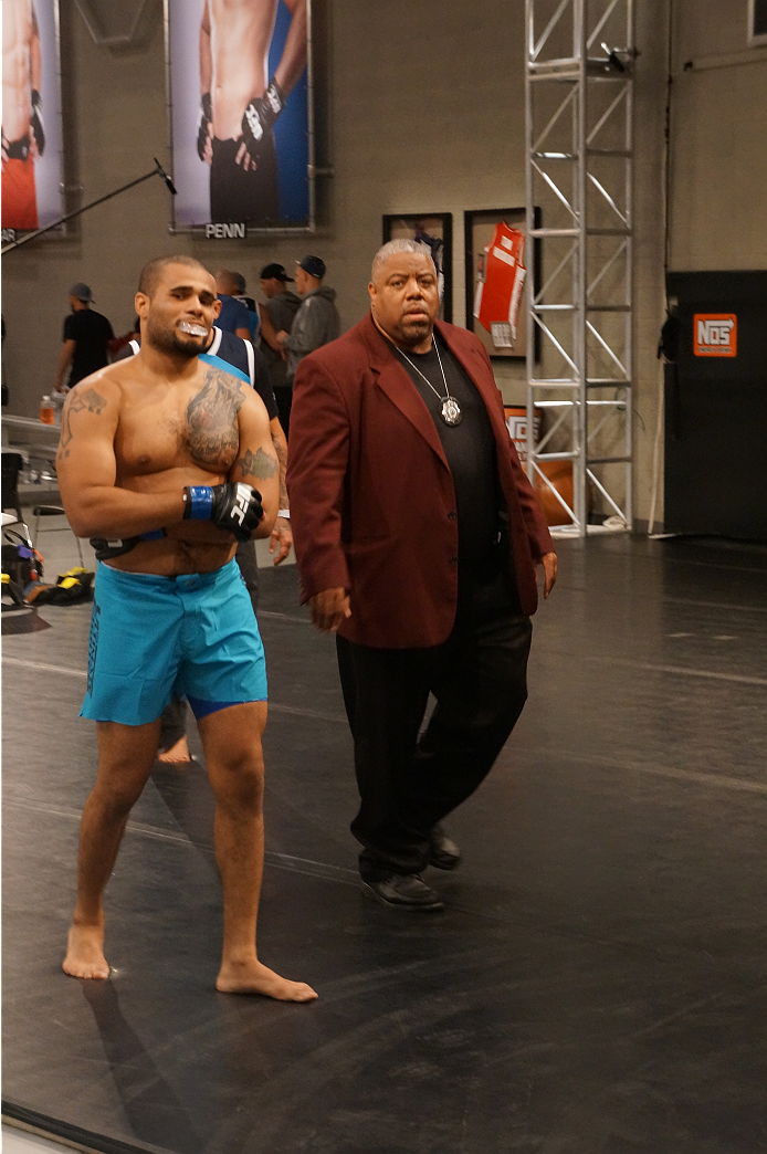 photo_galleries/TUF19-behind-the-scenes-lima-zapata/TUF19-behind-the-scenes-lima-zapata-DSC01637.JPG