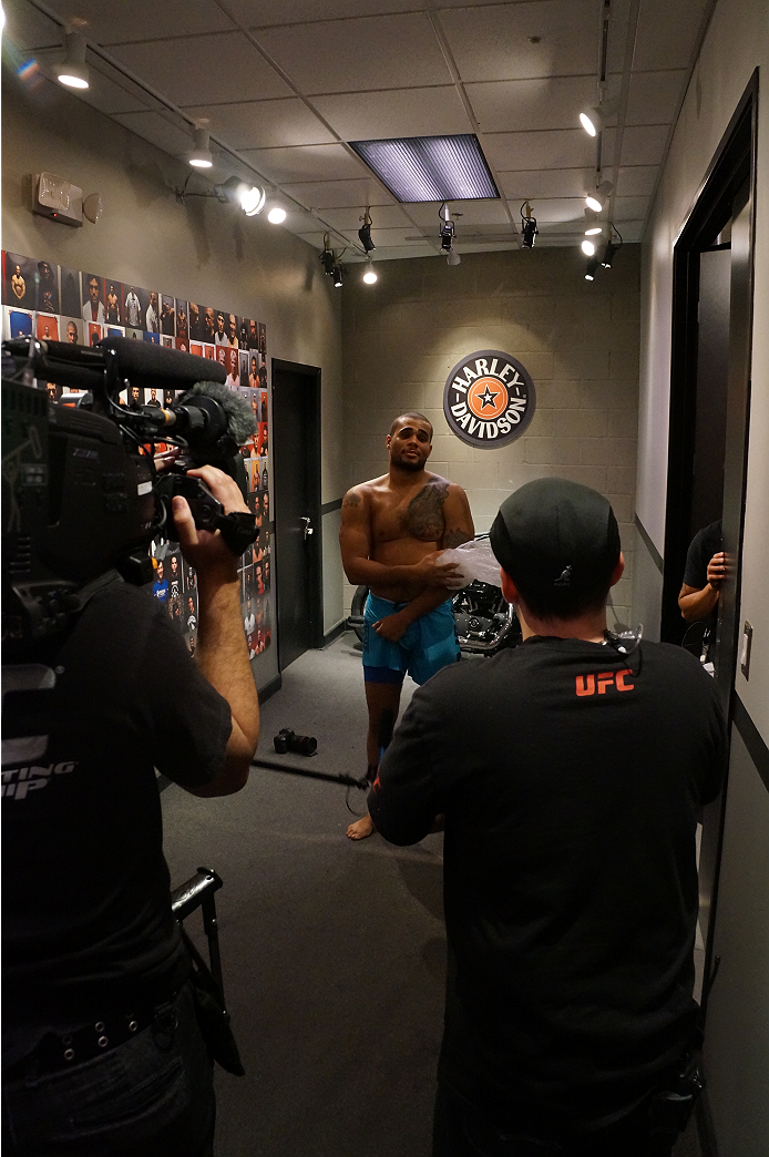 photo_galleries/TUF19-behind-the-scenes-lima-zapata/TUF19-behind-the-scenes-lima-zapata-DSC01653.JPG