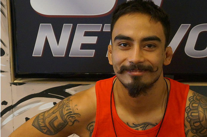 photo_galleries/TUF_Latam-Moustache-Photos/TUF_Latam-Moustache-Photos-DSC01841.jpg
