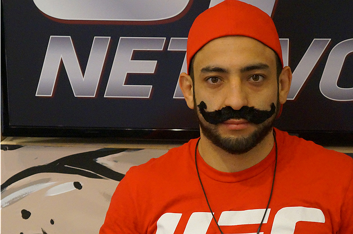 photo_galleries/TUF_Latam-Moustache-Photos/TUF_Latam-Moustache-Photos-DSC01845.jpg