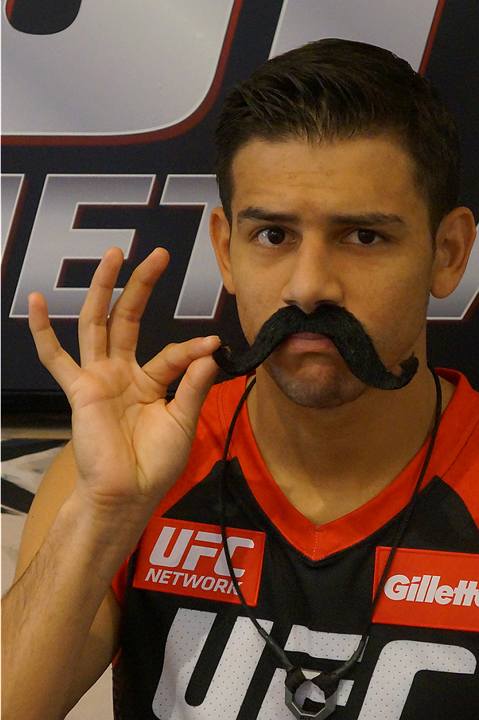photo_galleries/TUF_Latam-Moustache-Photos/TUF_Latam-Moustache-Photos-DSC01849.jpg