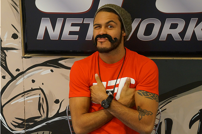 photo_galleries/TUF_Latam-Moustache-Photos/TUF_Latam-Moustache-Photos-DSC01852.jpg