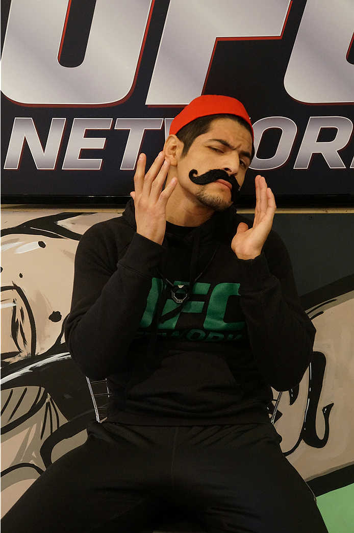 photo_galleries/TUF_Latam-Moustache-Photos/TUF_Latam-Moustache-Photos-DSC01858.jpg