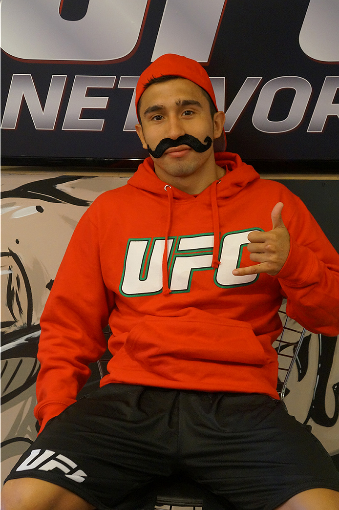 photo_galleries/TUF_Latam-Moustache-Photos/TUF_Latam-Moustache-Photos-DSC01864.jpg
