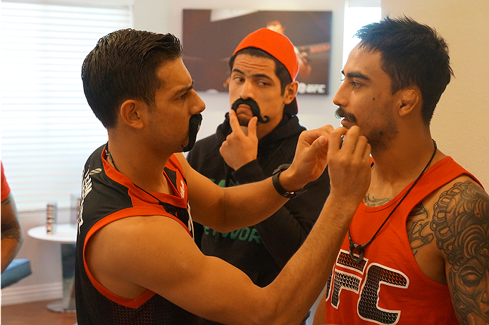 photo_galleries/TUF_Latam-Moustache-Photos/TUF_Latam-Moustache-Photos-DSC01869.jpg