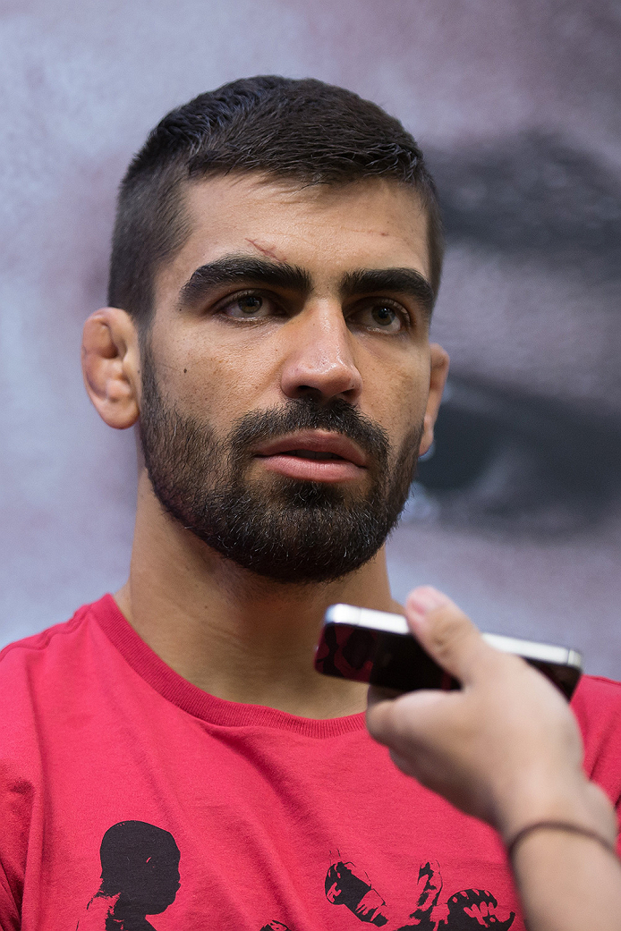 GOIANIA, BRAZIL - MAY 28: Welterweight fighter Elizeu 'Capoeira' speaks with the media during the Ultimate Media Day at the K Hotel on May 28, 2015 in Goiania, Brazil.(Photo by Buda Mendes/Zuffa LLC/Zuffa LLC via Getty Images)