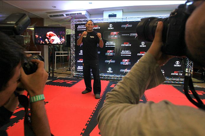 GOIANIA, BRAZIL - NOVEMBER 7: Dan Henderson attends the UFC Fight Night open workout at Buena Vista Shopping on November 7, 2013 in Goiania, Brazil.  (Photo by Weimer Carvalho/Zuffa LLC/Zuffa LLC via Getty Images)