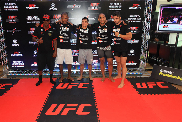 """GOIANIA, BRAZIL - NOVEMBER 7: Rafael """"Feijao"""" Cavalcante attends the UFC Fight Night open workout at Buena Vista Shopping on November 7, 2013 in Goiania, Brazil.  (Photo by Weimer Carvalho/Zuffa LLC/Zuffa LLC via Getty Images)"""