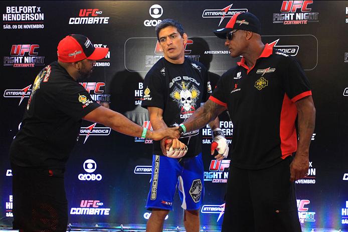 GOIANIA, BRAZIL - NOVEMBER 7: Paulo Thiago attends the UFC Fight Night open workout at Buena Vista Shopping on November 7, 2013 in Goiania, Brazil.  (Photo by Weimer Carvalho/Zuffa LLC/Zuffa LLC via Getty Images)