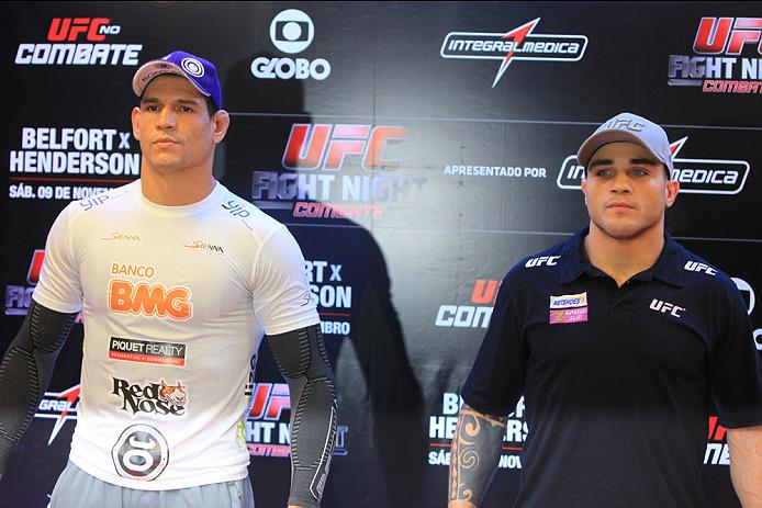 GOIANIA, BRAZIL - NOVEMBER 7: (L-R) Opponents Cezar Mutante and Daniel Sarafian face off during UFC Fight Night open workout at Buena Vista Shopping on November 7, 2013 in Goiania, Brazil.  (Photo by Weimer Carvalho/Zuffa LLC/Zuffa LLC via Getty Images)
