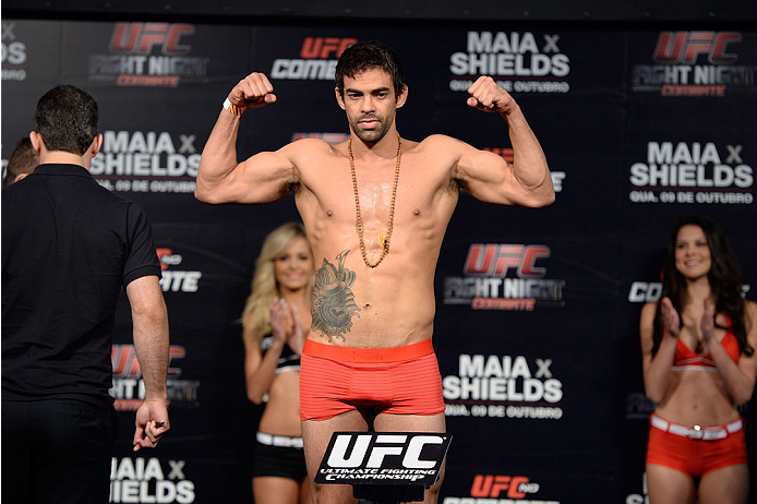 BARUERI, BRAZIL - OCTOBER 8:  Yan Cabral weighs-in during the UFC Fight Night: Maia v Shields weigh-in at the Ginasio Jose Correa on October 8, 2013 in Barueri, Sao Paulo, Brazil. (Photo by Jeff Bottari/Zuffa LLC/Zuffa LLC via Getty Images)