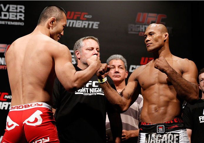 "BELO HORIZONTE, BRAZIL - SEPTEMBER 03:  (L-R) Opponents Yushin Okami and Ronaldo ""Jacare"" Souza face off during the UFC weigh-in event at Mineirinho Arena on September 3, 2013 in Belo Horizonte, Brazil. (Photo by Josh Hedges/Zuffa LLC/Zuffa LLC via Getty"