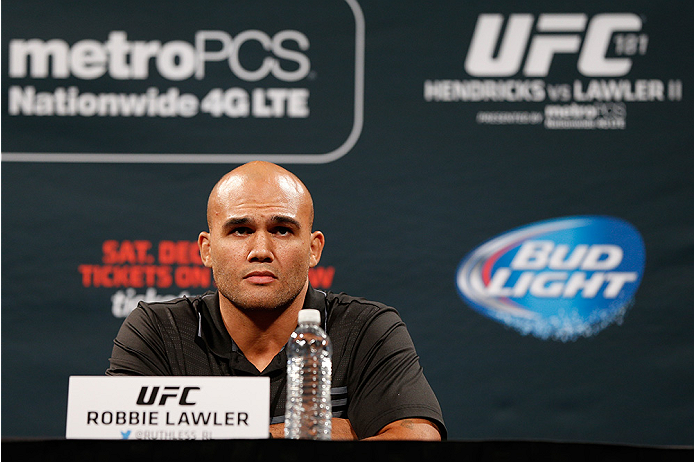 LAS VEGAS, NV - SEPTEMBER 26: Robbie Lawler interacts with media and fans during the UFC 181 press conference at the MGM Grand Conference Center on September 26, 2014 in Las Vegas, Nevada. (Photo by Josh Hedges/Zuffa LLC/Zuffa LLC via Getty Images)