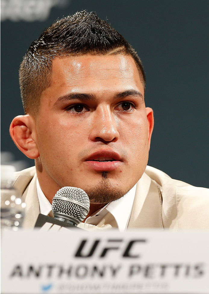 LAS VEGAS, NV - SEPTEMBER 26: UFC lightweight champion Anthony Pettis interacts with media and fans during the UFC 181 press conference at the MGM Grand Conference Center on September 26, 2014 in Las Vegas, Nevada. (Photo by Josh Hedges/Zuffa LLC/Zuffa LL