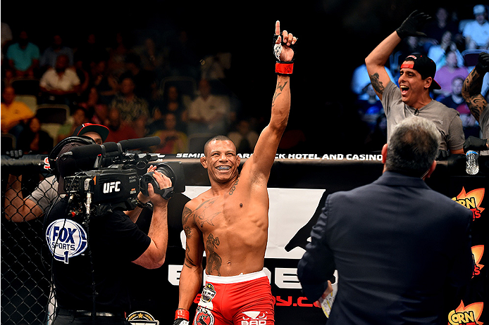HOLLYWOOD, FL - JUNE 27:  Alex Oliveira of Brazil interacts with the crowd before facing Joe Merritt in their welterweight during the UFC Fight Night event at the Hard Rock Live on June 27, 2015 in Hollywood, Florida. (Photo by Josh Hedges/Zuffa LLC/Zuffa