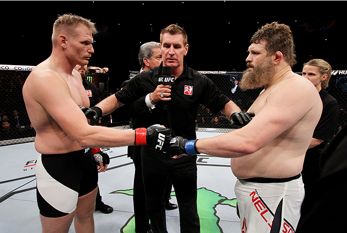 SAITAMA, JAPAN - SEPTEMBER 27: (From L to R) Josh Barnett of the United States of America and Roy Nelson of the United States of America touch gloves in their heavyweight bout during the UFC event at the Saitama Super Arena on September 27, 2015 in Saitam