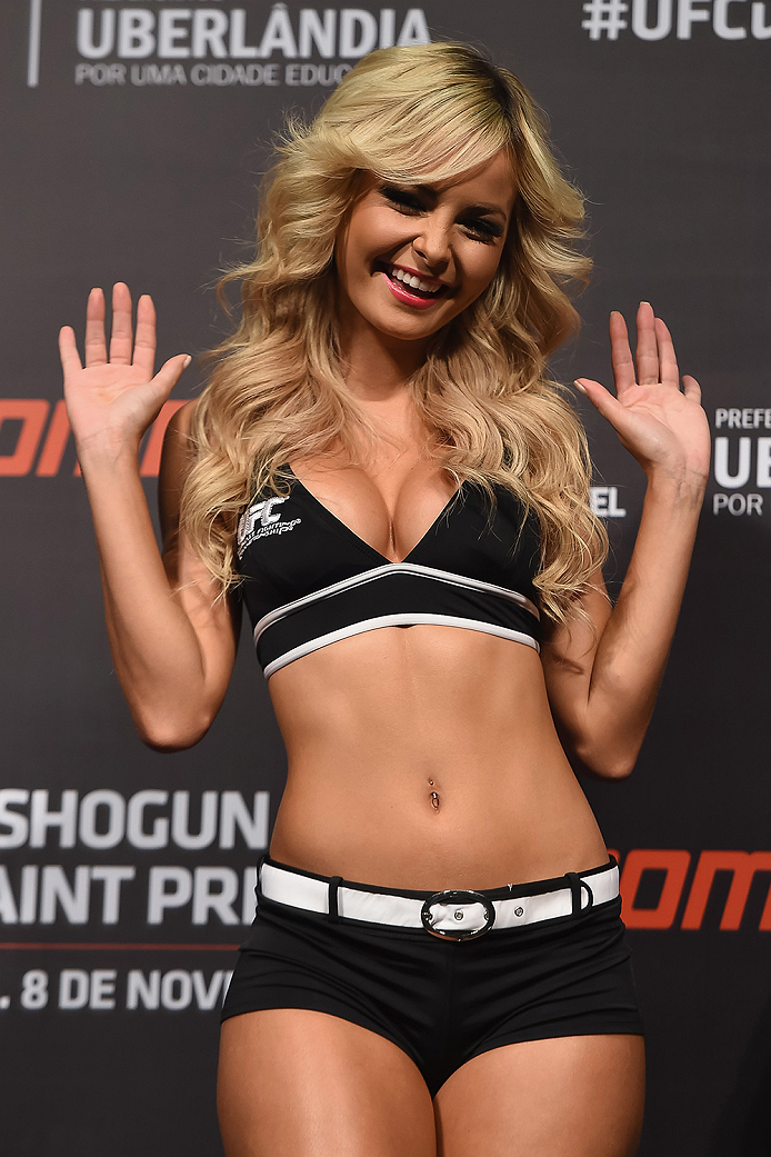 UBERLANDIA, BRAZIL - NOVEMBER 07:  UFC Octagon Girl Jhenny Andrade stands on stage during the UFC Fight Night weigh-in at Sabiazinho Gymnasium on November 7, 2014 in Uberlandia, Brazil.  (Photo by Buda Mendes/Zuffa LLC/Zuffa LLC via Getty Images)