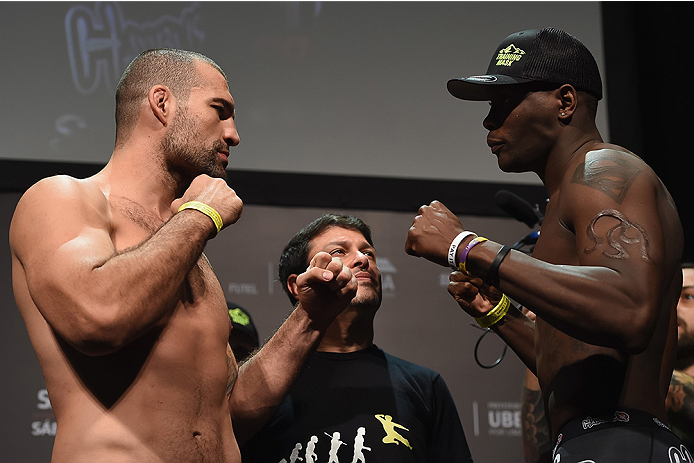 UBERLANDIA, BRAZIL - NOVEMBER 07:  (L-R) Opponents Mauricio 'Shogun' Rua of Brazil and Ovince Saint Preux of the United States  face off during the UFC Fight Night weigh-in at Sabiazinho Gymnasium on November 7, 2014 in Uberlandia, Brazil.  (Photo by Buda
