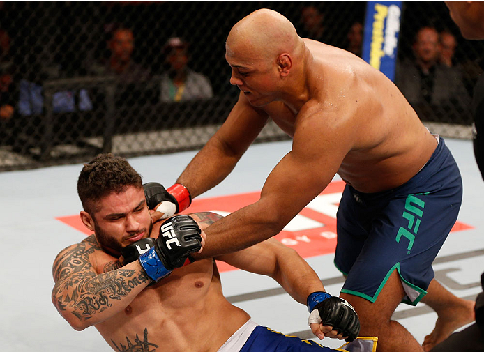SAO PAULO, BRAZIL - MAY 31: (R-L) Marcos Rogerio de Lima punches Richardson Moreira in their heavyweight fight during the UFC Fight Night event at the Ginasio do Ibirapuera on May 31, 2014 in Sao Paulo, Brazil. (Photo by Josh Hedges/Zuffa LLC/Zuffa LLC vi
