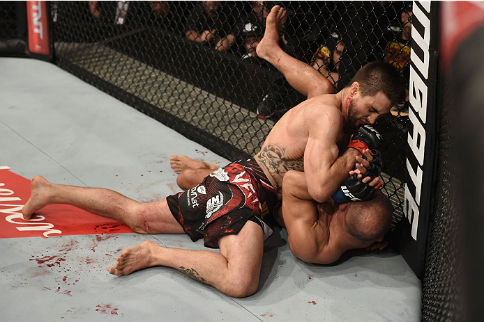 GOIANIA, BRAZIL - MAY 30:  Carlos Condit of the United States punches Thiago Alves of Brazil in their welterweight UFC bout during the UFC Fight Night event at Arena Goiania on May 30, 2015 in Goiania, Brazil.  (Photo by Buda Mendes/Zuffa LLC/Zuffa LLC vi