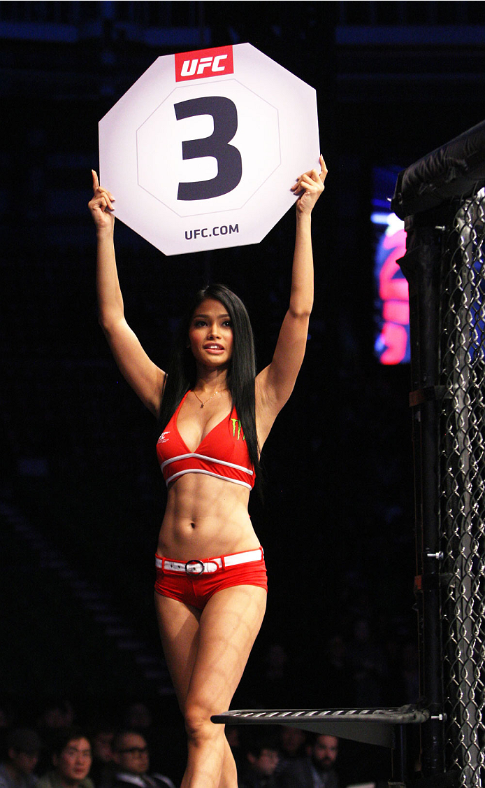 SEOUL, SOUTH KOREA - NOVEMBER 28: UFC Octagon girl Red De La Cruz in between rounds during the UFC Fight Night at the Olympic Park Gymnastics Arena on November 28, 2015 in Seoul, South Korea. (Photo by Mitch Viquez/Zuffa LLC/Zuffa LLC via Getty Images)