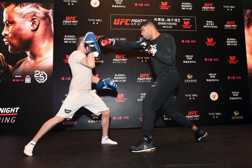 Alistair Overeem interacts with media during the UFC Fight Night Ultimate Media Day on November 22, 2018 in Beijing, China. (Photo by Jeff Bottari/Zuffa LLC)