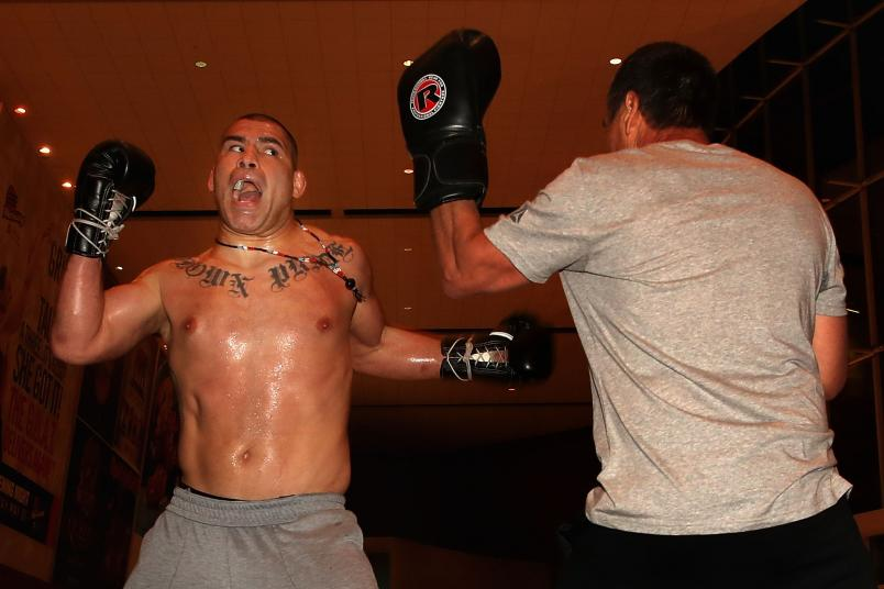 PHOENIX, ARIZONA - FEBRUARY 14: Cain Velasquez (L) participates in an open workout ahead of UFC Fight Night on February 14, 2019 in Phoenix, Arizona. (Photo by Christian Petersen/Zuffa LLC/Zuffa LLC)