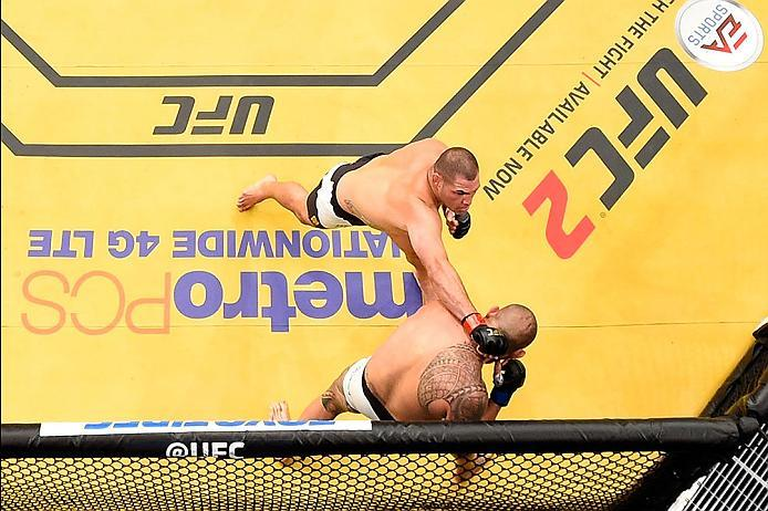 LAS VEGAS, NV - JULY 09:  An overhead view of the Octagon as Cain Velasquez punches Travis Browne during the UFC 200 event on July 9, 2016 at T-Mobile Arena in Las Vegas, Nevada.  (Photo by Josh Hedges/Zuffa LLC/Zuffa LLC via Getty Images) *** Local Capti