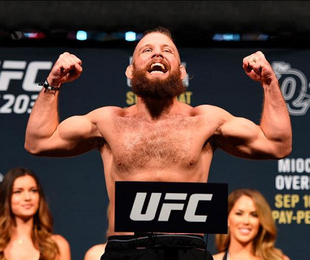 CLEVELAND, OH - SEPTEMBER 09:  Nik Lentz of the United States steps on the scale during the UFC 203 Weigh-in at Quicken Loans Arena on September 9, 2016 in Cleveland, Ohio. (Photo by Josh Hedges/Zuffa LLC/Zuffa LLC via Getty Images)