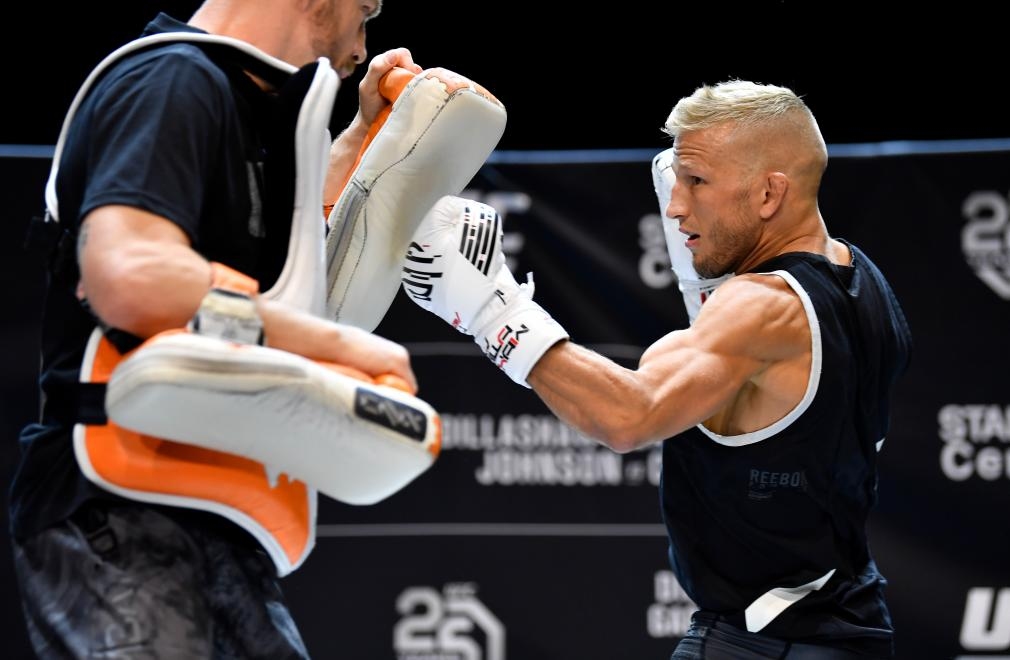 LOS ANGELES, CA - AUGUST 01: UFC bantamweight champion TJ Dillashaw holds an open workout for fans and media at The Novo at LA Live on August 1, 2018 in Los Angeles, California. (Photo by Jeff Bottari/Zuffa LLC/Zuffa LLC via Getty Images)