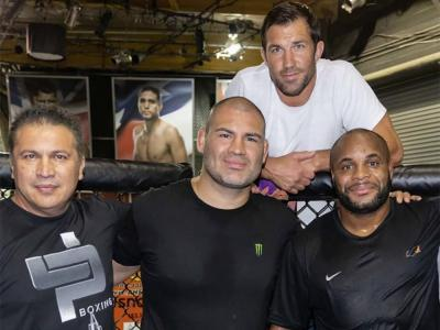 Javier Mendes, Cain Velasquez, Luke Rockhold and Daniel Cormier at the TUF gym