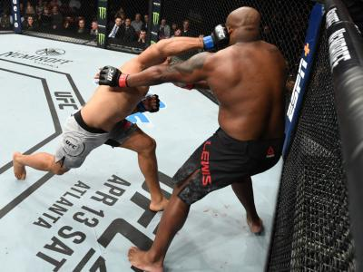 Junior Dos Santos hits Derrick Lewis UFC Wichita